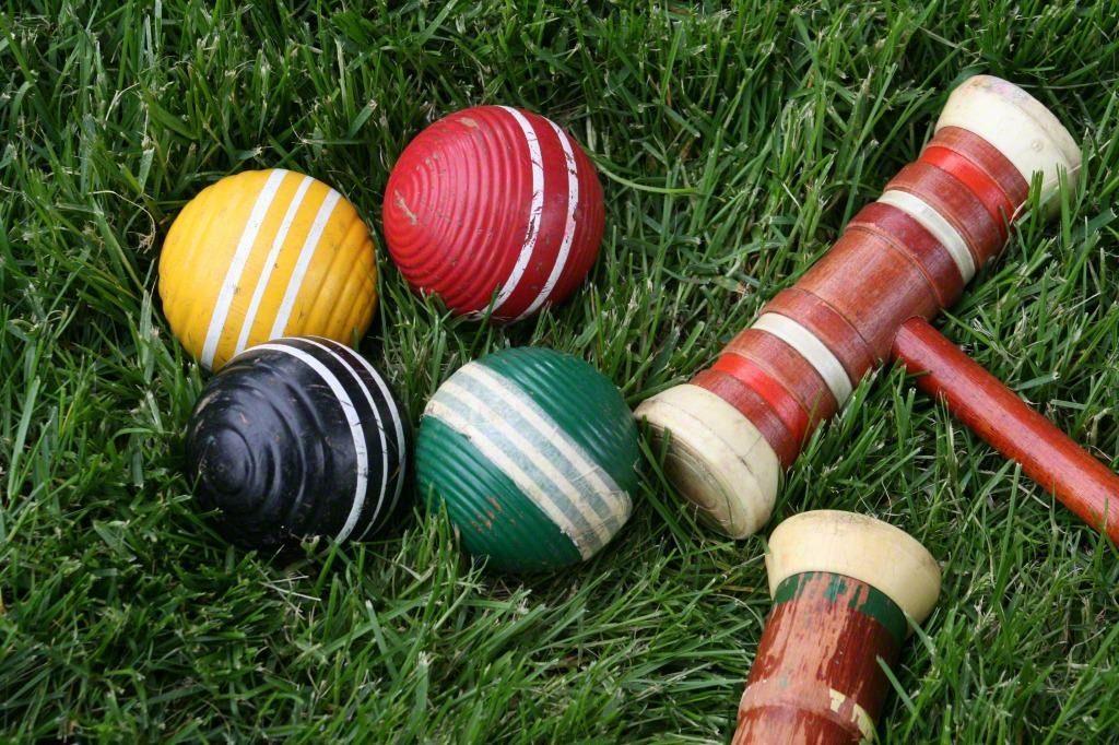croquet balls and mallets